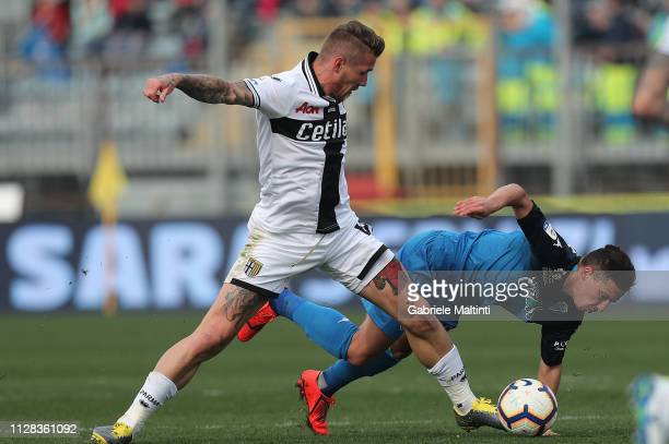 Ismael Bennacer of Empoli FC battles for the ball with JuraY Kucka of Parma Calcio during the Serie A match between Empoli and Parma Calcio at Stadio...
