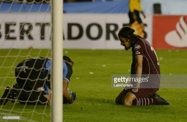 Ismael Blanco laments after Javier Quiñónez stops a scoring opportunity during a second leg quarter final match between Bol'ívar and Lanœús as part...