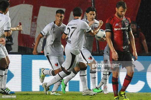 Ismael Blanco of Colon celebrates after scoring the first goal of his team during a match between Colon and Newell's Old Boys as part of Torneo...