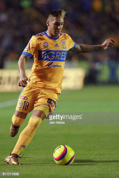 Ismael Sosa of Tigres drives the ball during the 4th round match between Tigres UANL and Pachuca as part of the Torneo Clausura 2018 Liga MX at...