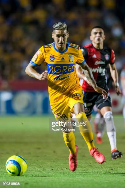 Ismael Sosa of Tigres drives the ball during the 8th round match between Tigres UANL and Atlas as part of the Torneo Clausura 2018 Liga MX at...