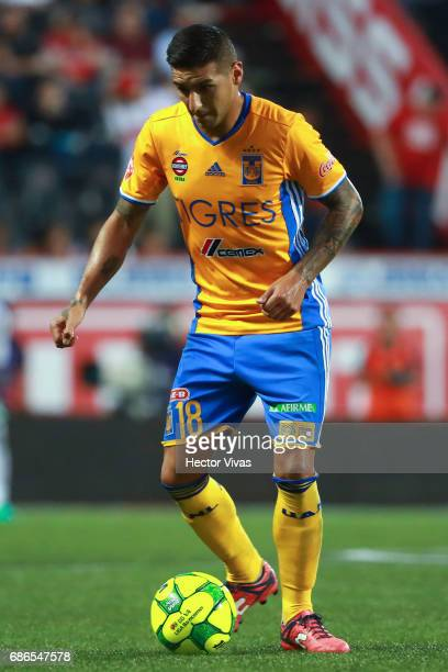 Ismael Sosa of Tigres drives the ball during the semi finals second leg match between Tijuana and Tigres UANL as part of the Torneo Clausura 2017...