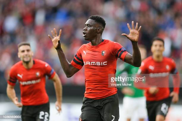 Ismaila Sarr of Rennes celebrates with teammates after scoring the first goal during the Europa League match between Rennes and Jablonec at Roazhon...