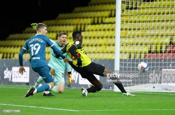 Ismaila Sarr of Watford scores his team's first goal during the Sky Bet Championship match between Watford and Norwich City at Vicarage Road on...
