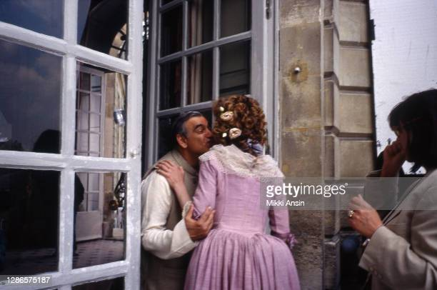 Ismaill Merchant kisses Greta Scaccihi during the filming of Jefferson in Paris in Versailles, France, in May 1994.