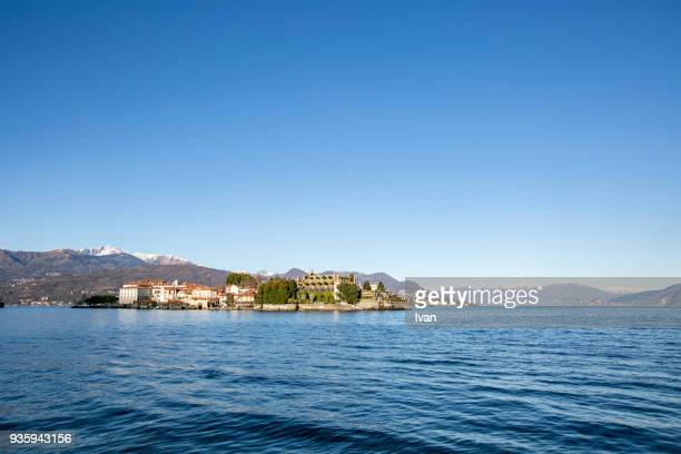 isola bella on lake maggiore - stresa stockfoto's en -beelden