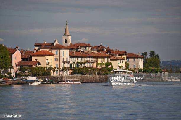 isola superiore - stresa stock pictures, royalty-free photos & images