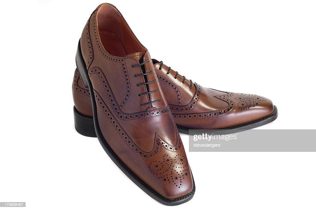 Zapatos marrón aislado : Foto de stock