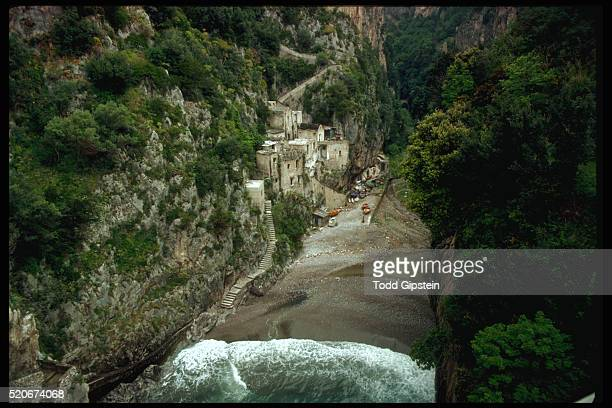 isolated hill town - gipstein stock pictures, royalty-free photos & images