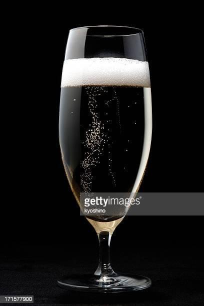 Champagne avec des bulles en verre