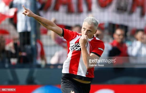 Israel Damonte of Estudiantes celebrates after scoring the first goal of his team during a match between Estudiantes and Gimnasia y Esgrima La Plata...