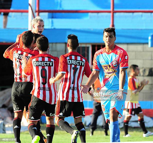 Israel Damonte of Estudiantes celebrates with his teammates after scoring the first goal of his team during a match between Arsenal and Estudiantes...