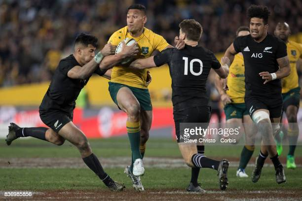 Israel Folau of Australia makes a run up field during The Rugby Championship Bledisloe Cup match between the Australian Wallabies and the New Zealand...