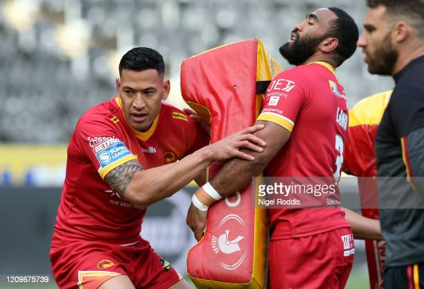 Israel Folau of Catalan Dragons warms up prior to the Betfred Super League match between Hull FC and Catalan Dragons at KCOM Stadium on March 01 2020...