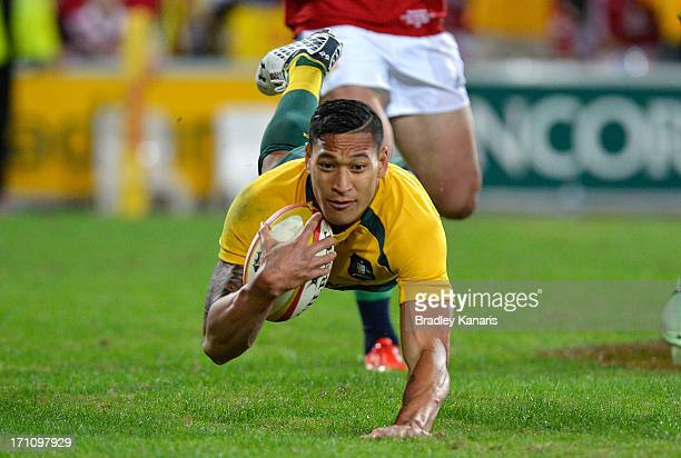 Israel Folau of the Wallabies scores a try during the First Test match between the Australian Wallabies and the British Irish Lions at Suncorp...