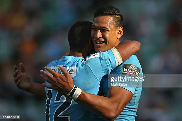 Israel Folau of the Waratahs celebrates scoring his third try during the round two Super Rugby match between the Waratahs and the Western Force at...