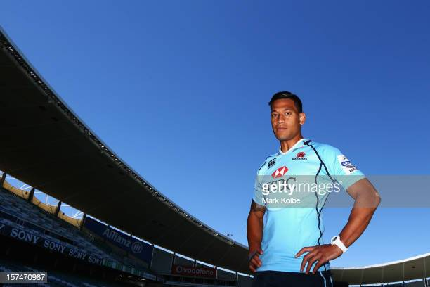 Israel Folau speaks to the media during a Waratahs Super Rugby press conference to announce his signing at Allianz Stadium on December 4 2012 in...