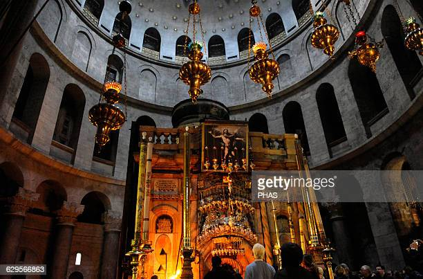 Israel. Jerusalem. The Tomb of Christ at The Holy Sepulchre. Aedicula. Old city.