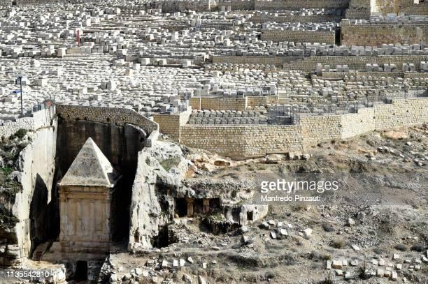 israel, jerusalem, zaccaria tomb - judaísmo fotografías e imágenes de stock