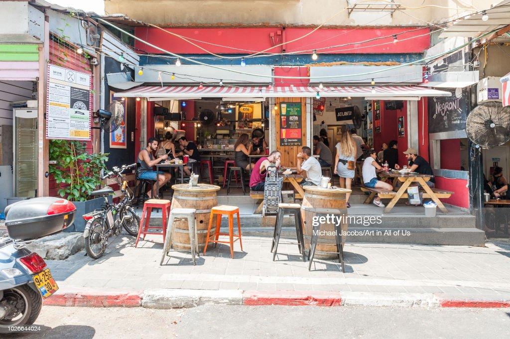 Eatery in shuk hacarmel market, Tel Aviv, Israel : News Photo