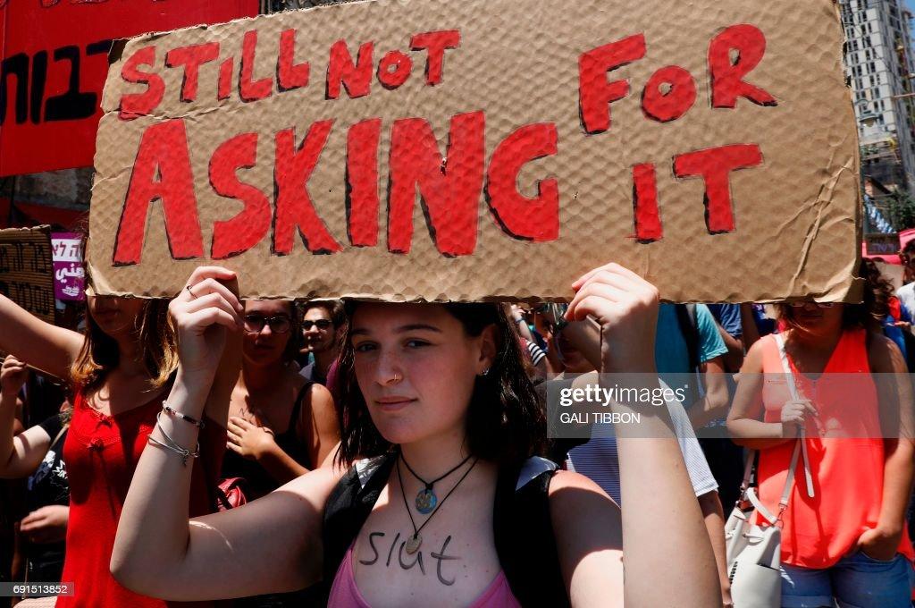 ISRAEL-SOCIETY-WOMEN-SLUTWALK : News Photo