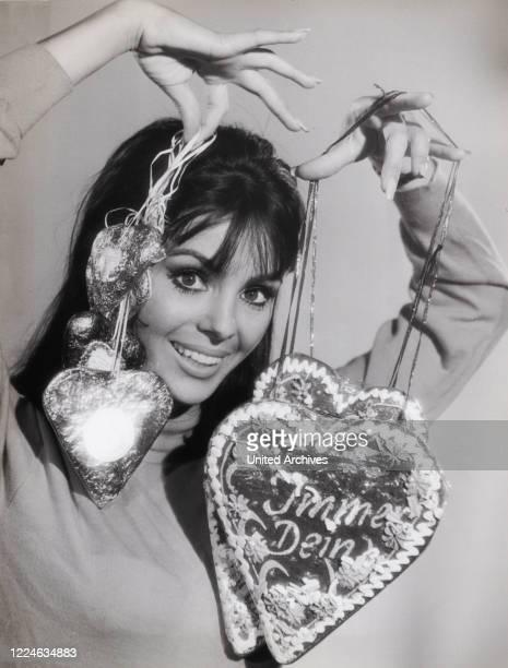 Israeli actress and singer Daliah Lavi Germany 1962