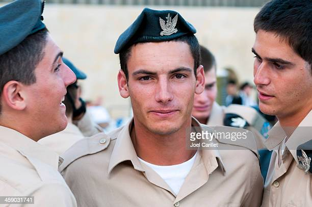 faces of the israeli military - israeli military stock pictures, royalty-free photos & images