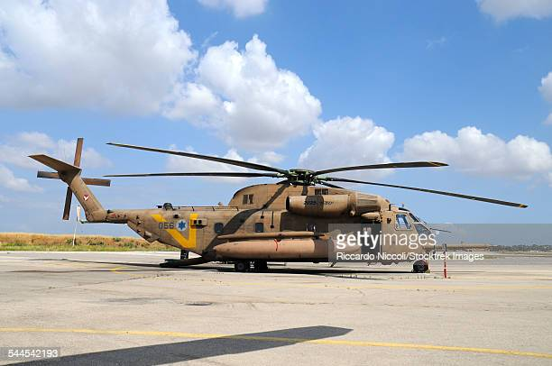 israeli air force ch-53 yasur 2025 helicopter at tel nof air base, israel. - この撮影のクリップをもっと見る 2025 stock pictures, royalty-free photos & images