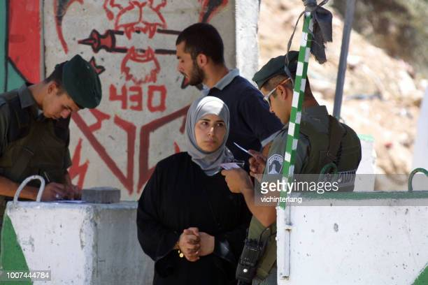 israeli checkpoint, jerusalem - palestinian stock pictures, royalty-free photos & images