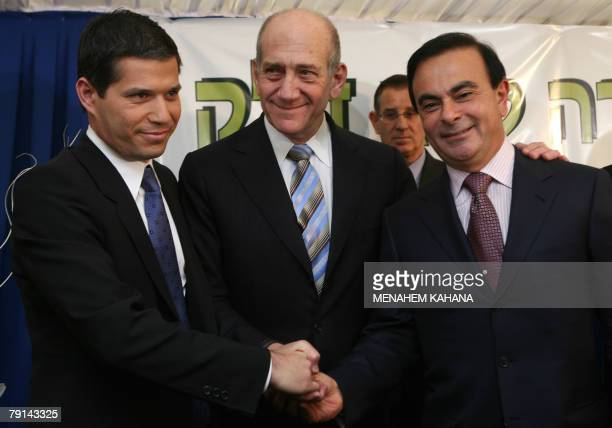 Israeli investor Shai Agassi head of Project Better Place Carlos Ghosn President of French company RenaultNissan and Israeli Prime Minister Ehud...
