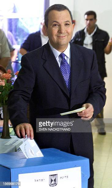 Israeli Labor party leader Ehud Barak casts his ballot at a polling station in Kokhav Yair 17 May 1999 during Israel's general elections Israelis are...