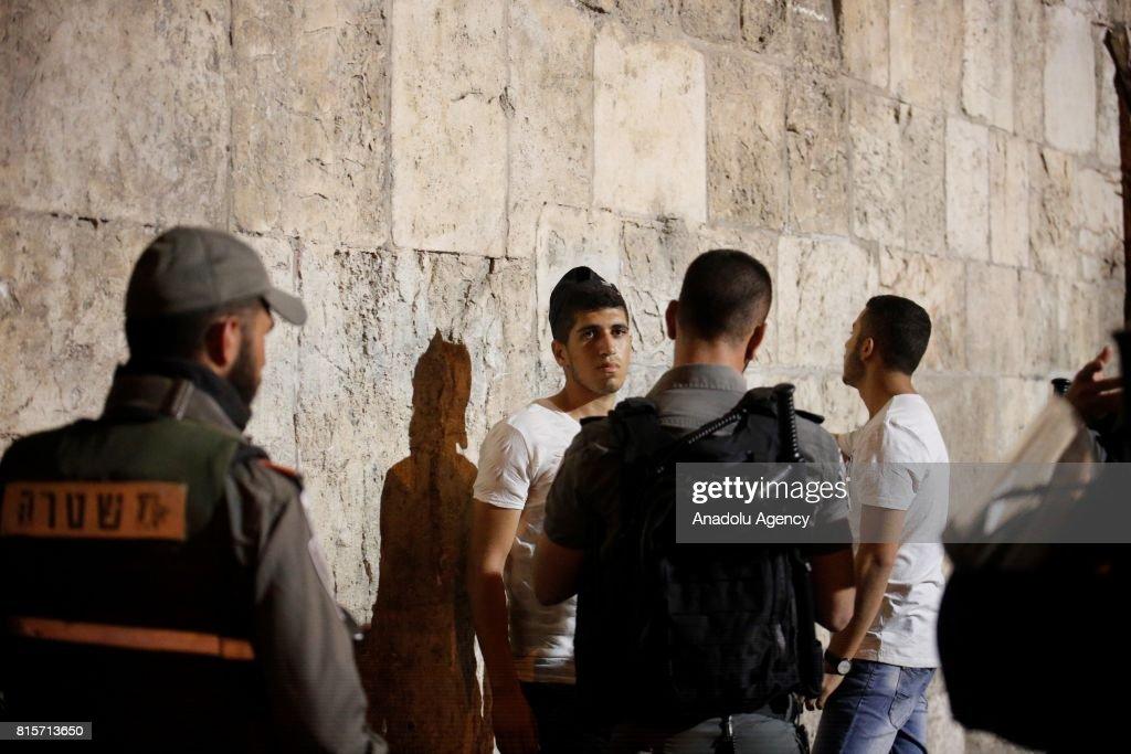 Palestinians refuse Israeli searches to enter Al-Aqsa : News Photo