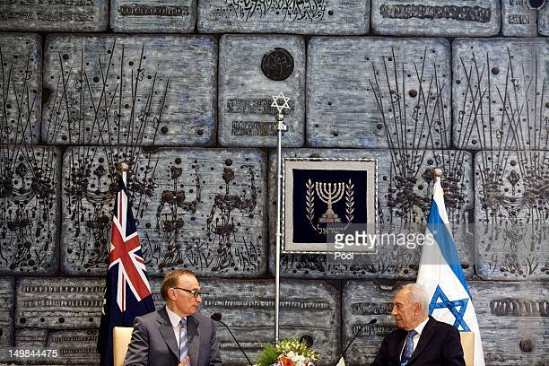Israeli President Shimon Peres holds talks with Australian Foreign Minister Bob Carr during their meeting at the President's residence on August 05...