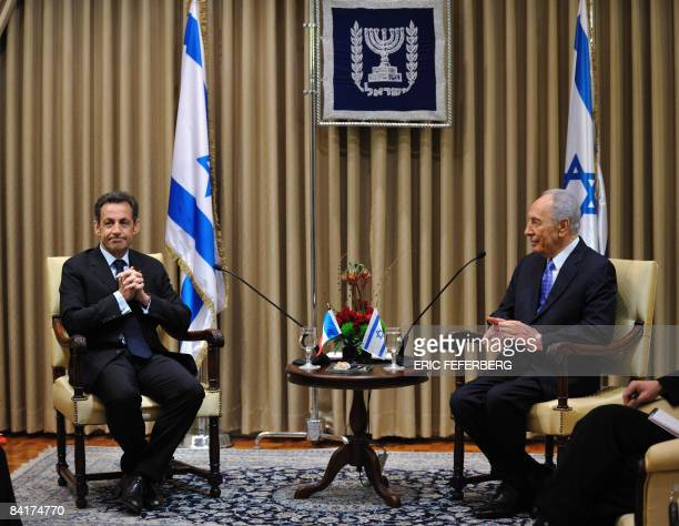 Israeli President Shimon Peres holds talks with his French counterpart Nicolas Sarkozy at his Jerusalem residence on January 5, 2009. Sarkozy called...