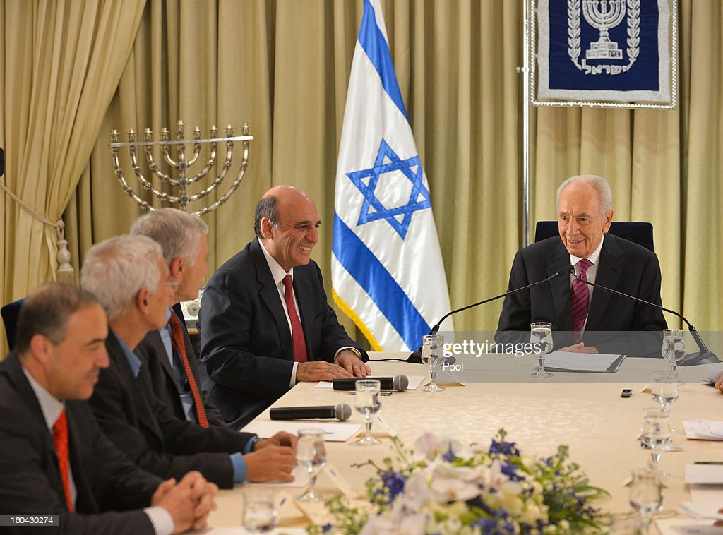 Israeli President Shimon Peres Shimon Peres (R) meets with representatives of Kadima headed by Shaul Mofaz (2nd-R) to discuss forming a new Israeli government on January 31, 2013 in Jerusalem, Israel. Israel has begun its post-election process of forming a new government with President Shimon Peres hosting the heads of the major political parties for consultations before deciding on whom to choose as prime minister-designate to form a new coalition.