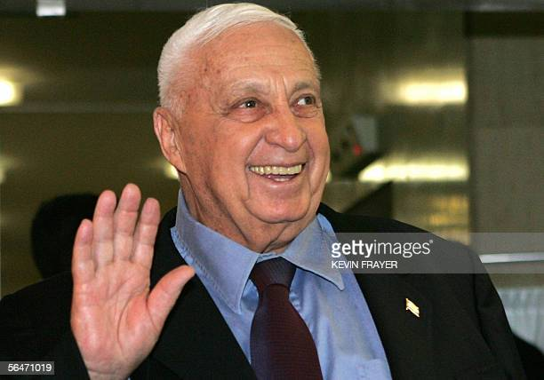 Israeli Prime Minister Ariel Sharon smiles as he leaves Jerusalem's Hadassah Ein Kerem Hospital after addressing the media 20 December 2005 Sharon...