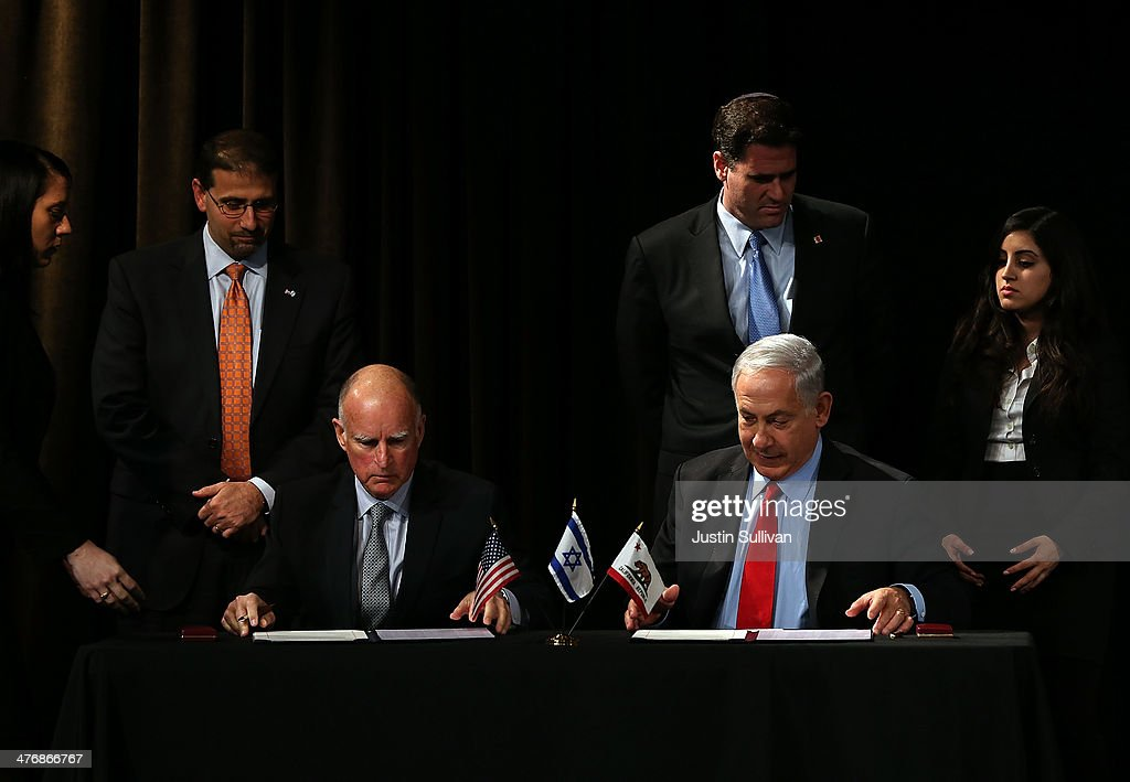 Israeli Prime Minister Netanyahu Meets With California Gov. Jerry Brown In San Francisco : News Photo