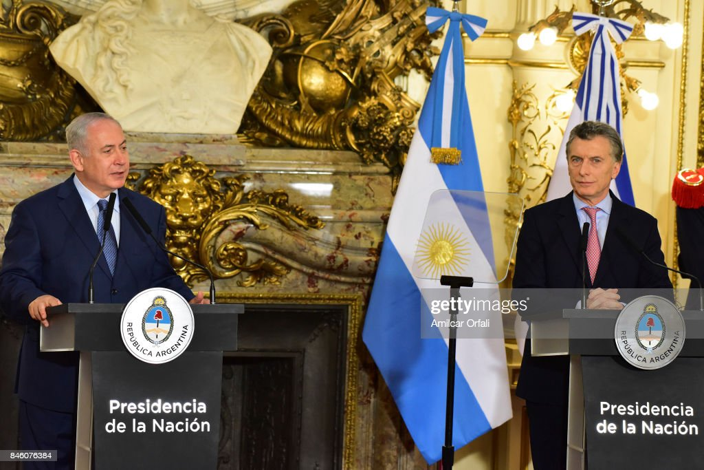 Israeli Prime Minister Benjamin Netanyahu (L) and President of Argentina Mauricio Macri speak during a meeting as part of the official visit of Israeli Prime Minister Benjamin Netanyahu to Buenos Aires at Casa Rosada on September 12, 2017 in Buenos Aires, Argentina.