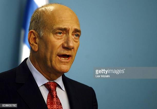 Israeli Prime Minister Ehud Olmert speaks during a press conference on March 17, 2009 in Jerusalem, Israel.