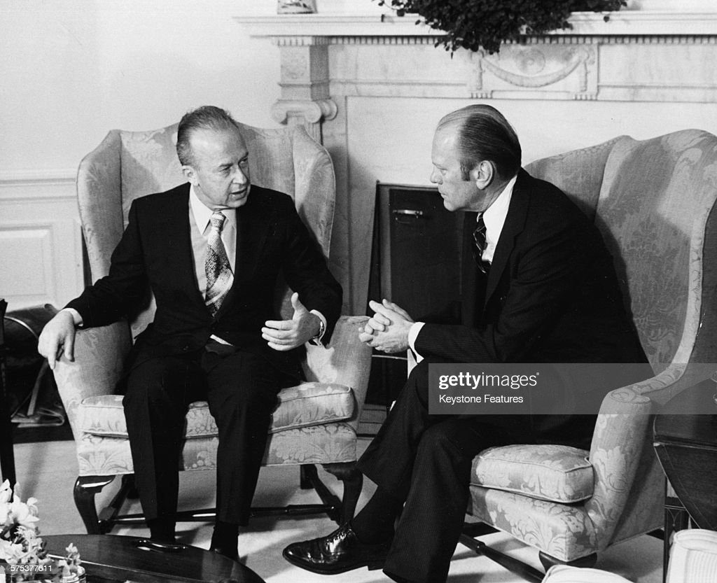jimmy carter oval office. Israeli Prime Minister Yitzhak Rabin And US President Jimmy Carter Pictured During A Meeting In The Oval Office