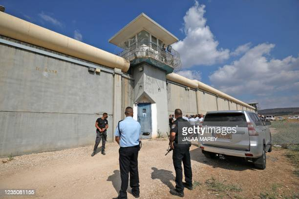 Israeli security personnel gather outside the Gilboa Prison in northern Israel on September 6, 2021. - Six Palestinians escaped from a prison in...