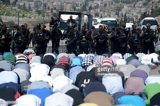 Israeli soldiers do not let to pray of friday prayer of Muslims under 45 years of age in AlAqsa Mosque in Jerusalem Israel on 30 May 2014 Palestinian...