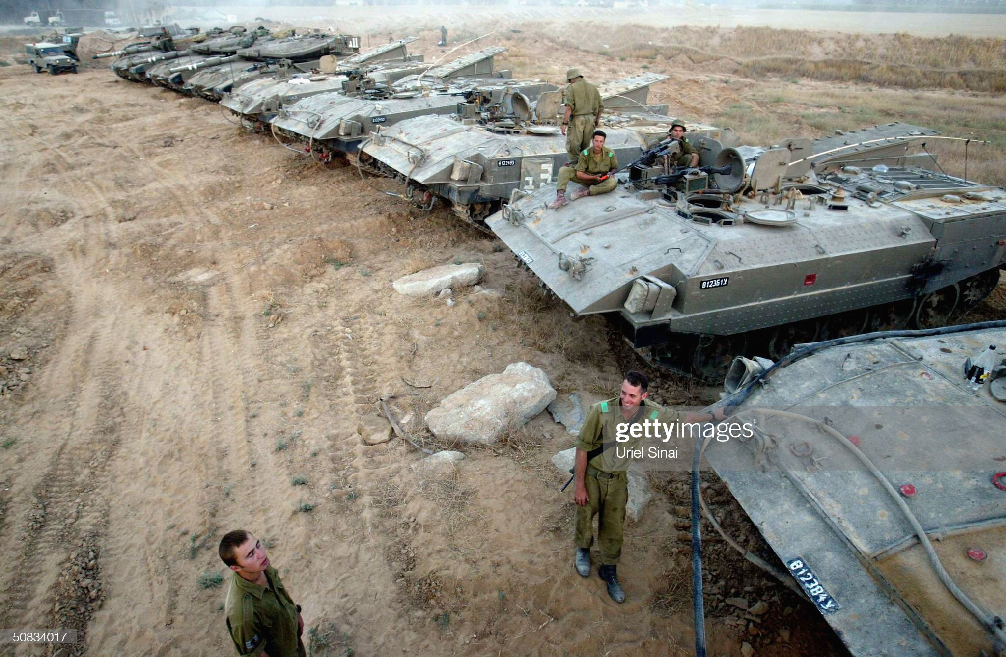 israeli-soldiers-prepares-merkeva-tanks-on-may-13-at-the-suffa-in-picture-id50834017?s=2048x2048