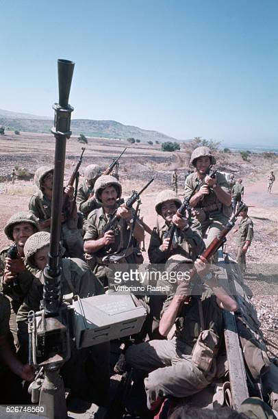 Israeli soldiers return victorious from the SixDay War By June 10 when the fighting was halted Israel controlled the entire Sinai Peninsula and all...