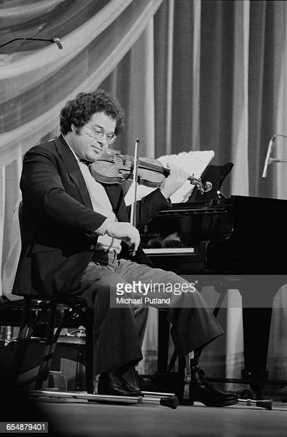 IsraeliAmerican violinist Itzhak Perlman on stage at the Royal Variety Performance at the Theatre Royal Drury Lane London 17th November 1981