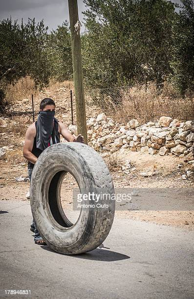 CONTENT] IsraeliPalestinian conflict Clashes between Palestinian demonstrators and the Israeli army at Kafr Qaddum In this village near Nablus since...