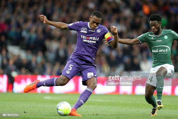 Issa Diop of Toulouse and Jonathan Bamba of Saint Etienne during the Ligue 1 match between Toulouse and AS SaintEtienne at Stadium Municipal on...