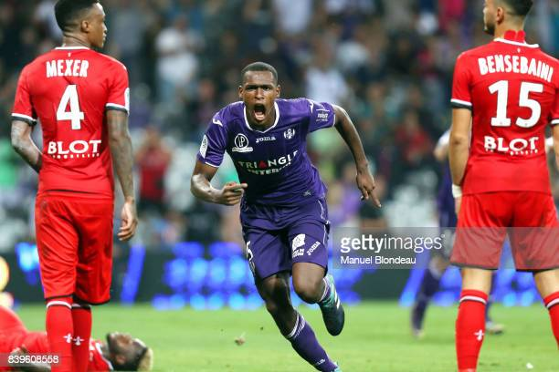 Issa Diop of Toulouse celebrates scoring during the Ligue 1 match between Toulouse and Stade Rennais at Stadium Municipal on August 26 2017 in...