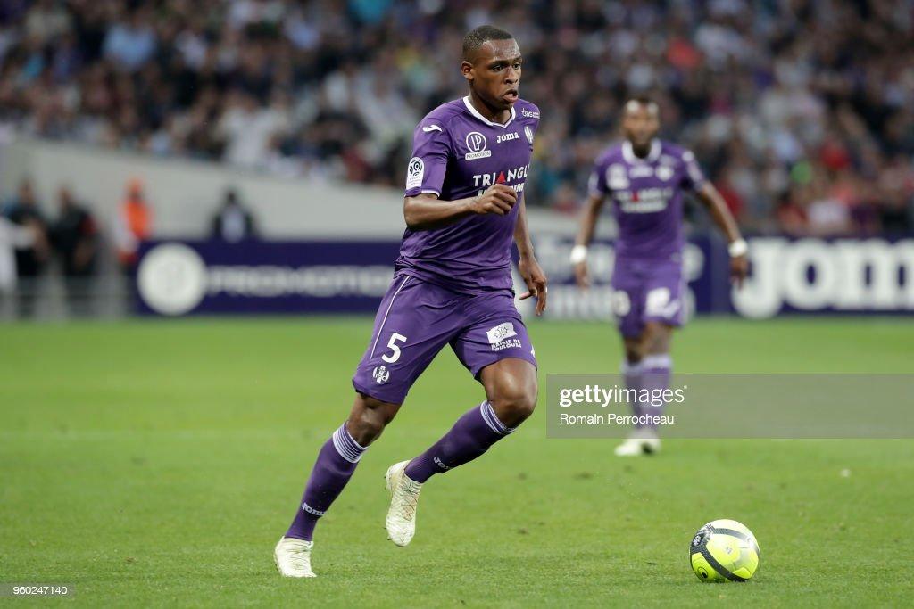 Toulouse v EA Guingamp - Ligue 1 : News Photo