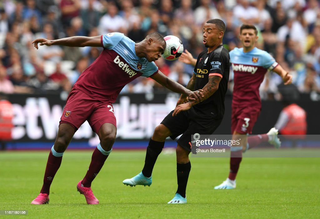 West Ham United v Manchester City - Premier League : News Photo
